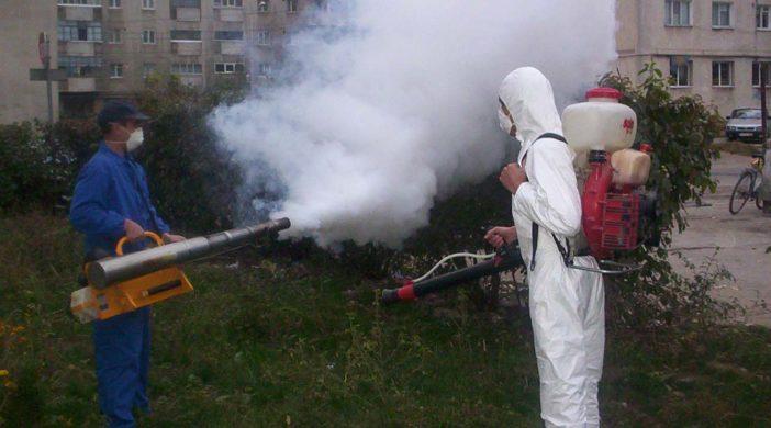 La Călăraşi încep tratamentele pentru combaterea tuturor dăunătorilor vegetației