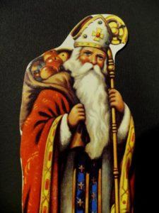 Ziua Sfântului Nicolae anunţă începutul sărbătorilor de iarnă, luna colindelor şi a darurilor făcute din suflet