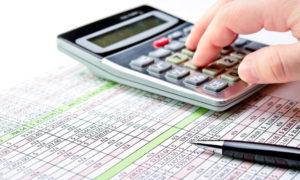 Comisia Europeană estimează un deficit bugetar de 3,6% din PIB pentru România în 2017